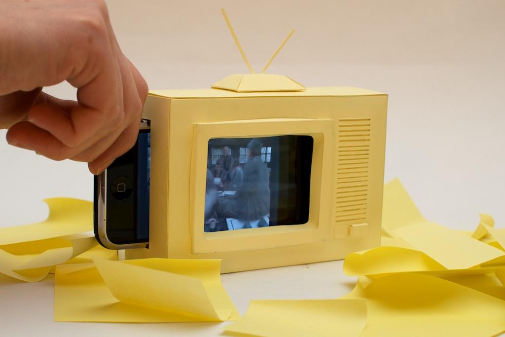 paper iphone tv set trickartt notes. Black Bedroom Furniture Sets. Home Design Ideas
